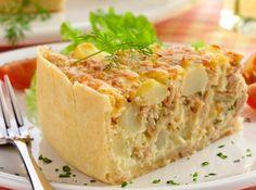 Torta de Atum e Batata - / Tuna and potato pie - Quiches, Easy Cooking, Cooking Recipes, Brazil Food, Bariatric Recipes, Food Tasting, Portuguese Recipes, Portuguese Food, Light Recipes