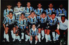 GRÊMIO CAMPEÃO DA LIBERTADORES DE 1995 - Em pé: Arce, Danrlei, Adilson Batista, Dinho, Rivarola e Roger; Agachados: Jardel, Goiano, Paulo Nunes, Arílson e Carlos Miguel