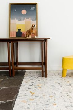 Terrazzo_in_Huis-46 Terrazzo, Modern Interior Design, Mid-century Modern, Entryway Tables, Mid Century, Furniture, Home Decor, Granite, Decoration Home