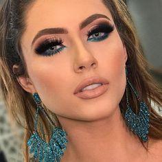 Learn professional makeup online (step by step) - hair and make up - Maquiagem Glam Makeup, Love Makeup, Makeup Inspo, Makeup Art, Makeup Inspiration, Hair Makeup, Makeup Ideas, Makeup Tutorials, Party Makeup Looks