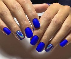 Beautiful blue nails Disco nail Evening dress nails Evening short nails Fashion nails 2017 Manicure on the day of lovers Matte nails New year nails ideas 2017 Nagellack Design, Nagellack Trends, Blue Matte Nails, Blue Chrome Nails, Matte Black, White Nails, Cobalt Blue Nails, Matte Pink, Burgundy Nails