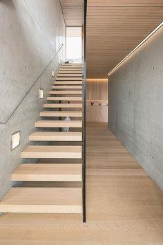 House B in Zwischenwasser / Dietrich Staircase Railings, Modern Staircase, Staircase Design, Open Stairs, My House, Art Deco, House Design, House Plans, Interior Design
