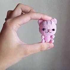 Poco patrón de crochet amigurumi Kitten