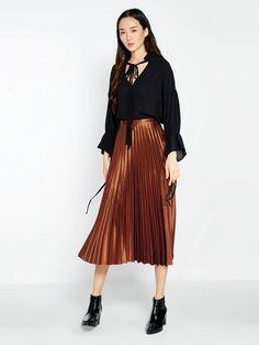 b314ce6bc44c62 14 belles images de P L I S S E E   Midi Skirt, Skirts et Midi skirts