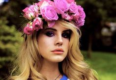 Google Image Result for http://1.bp.blogspot.com/-tCrd9-Jt5EM/UAGlA0bTd_I/AAAAAAAAAP4/K7kX42Y3OcY/s1600/lana-del-rey-floral-headband.JPG