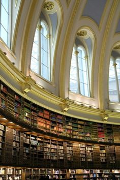 The reading room in the British Museum--London. I would linger here for a lonnnnngggggg time:) by faith