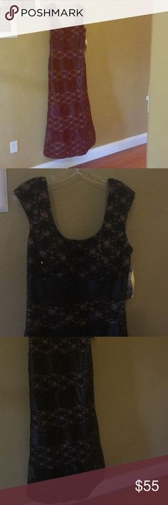 6fa8b319c12d0 Ignite Evening Dress by Carol Lin - Sz 14 NWT Gorgeous satin and lace dress  with