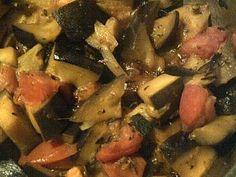 Deliciosa receta, sana y ligera. Berenjena con Tomates!...