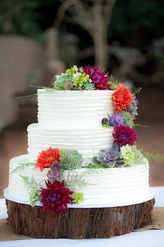 Felton Guild Wedding Photography created by Susannah Gill-Photographic Storytelling! Dig Gardens, Cactus Y Suculentas, Let Them Eat Cake, Jaguar, Wedding Photography, Table Decorations, Cacti, Cake Toppers, Wedding Cakes