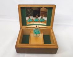 Vintage music box Reuge mechanism Dancing ballerina Watch video
