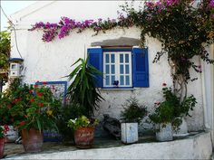 Greek house in Corfu Porches, Corfu Greece, Greek House, Outdoor Living, Outdoor Decor, Cottage Interiors, Culture Travel, My Dream Home, Beautiful Homes