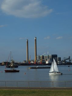 Sailing the river at Gravesend [shared] Gillingham, Uk Photos, Tilbury, Marina Bay Sands, Childhood Memories, Sailing, Beautiful Places, Photographs, England