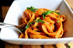 Creamy tomato pasta. Might add or use fresh tomatoes from le garden and chicke for some protein. Yum!