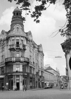 Takaréktár utca - Horváth Mihály utca sarok Utca, Budapest, Old Photos, Street View, Architecture, City, Building, Landscapes, Travel