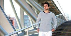 32€ - Marinière manches longues rayée blanc/bleu en 100% coton. Le t-shirt marinière, un emblème français.