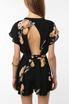 Urban Outfitters - Staring at Stars Crepe Open-Back Romper
