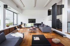 Andrés Remy Arquitectos Design a Contemporary Home in La Patagonia