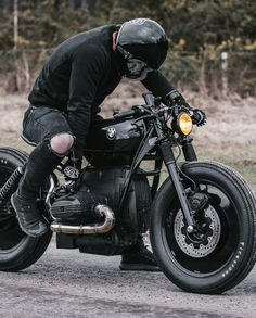 Murdered-out BMW custom motorcycle cafe racer full black rims wheels Bmw Cafe Racer, Custom Cafe Racer, Cafe Racer Build, Cafe Racer Motorcycle, Moto Bike, Motorcycle Types, Motorcycle Gear, Cafe Racer Helmet, Motorcycle Accessories
