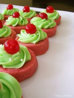 Baking with Blondie : Cherry Limeade Shortbread Cookies