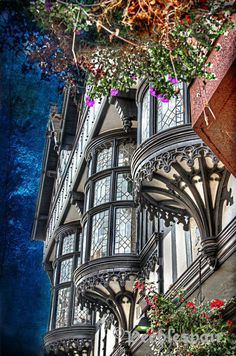 Beautiful half-timber bay windows in Chester, England