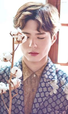 Oh my god he is so handsome,, I'm in love with bo gum ❤️