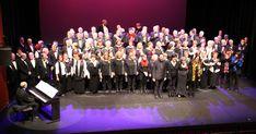 Cientos de personas celebran el Concierto de Navidad de los coros de Barakaldo
