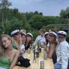 I Need Friends, Best Friends, Summer Baby, Summer Girls, Friends Group Photo, Soulmate Connection, Fun Buns, Friends Instagram, Teen Life