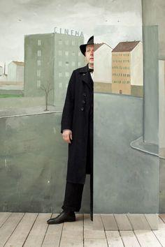 The Vanishing Man © Paolo Ventura www.workshopexperience.com