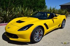 2015 CORVETTE Z06 CONVERTIBLE - 1,710 CALIFORNIA MILES - VELOCITY YELLOW / AUTO