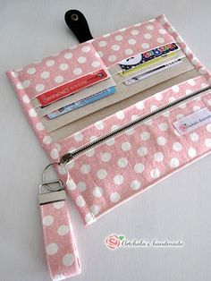 artchala handmade: Sweet Pink Dots Fabric Wallet I'm liking the way she sewed the edges of this wallet.another clutch tutorial. I don't see instructions but if you can imagine making this clutch/wallet then go for it.cuteness right down to the sewing Sewing Hacks, Sewing Tutorials, Sewing Crafts, Sewing Projects, Sewing Diy, Bag Tutorials, Tutorial Sewing, Diy Projects, Fabric Wallet