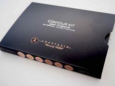 OSTOLAKOSSA: Anastasia Beverly Hills Contour Kit on AIVAN PARAS! <3