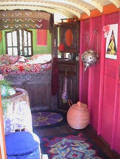 "A lovely ""roulotte"" decorated by Jeanne Bayol - gypsy wagon - interior Bohemian Interior, Bohemian Decor, Bohemian Gypsy, Bohemian Style, Gypsy Style, Airstream, Gypsy Caravan Interiors, Gypsy Home, Gypsy Living"