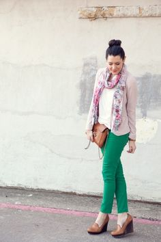 neutral top, brown accessories, floral scarf, green pants. Play with floral and green pants.