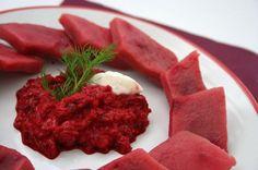 Buraczane kopytka z puree z buraków Beef, Recipes, Food, Meat, Recipies, Essen, Meals, Ripped Recipes, Yemek