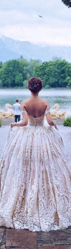 what a beautiful ball-gown lace wedding dress! this dress is serious wedding goals!