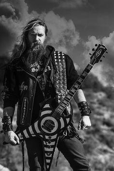 Zakk Wylde-Ozzy Osbourne and Black Label Society Black Label Society, Heavy Metal Bands, Heavy Metal Music, Ozzy Osbourne, Rock Y Metal, Black Metal, Power Metal, Hard Rock, Rock And Roll