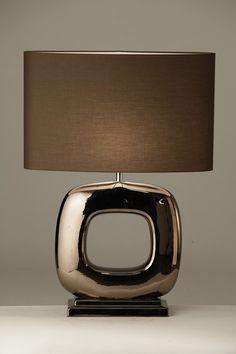 Love this lamp Home Lighting, Chandelier Lighting, Lighting Design, Light Table, Lamp Light, Metal Table Lamps, Asian Home Decor, Modern Luxury, Desk Lamp