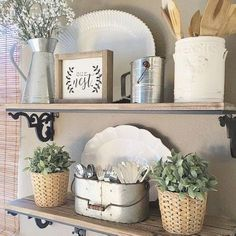 Nice 55 Rustic Farmhouse Kitchen Decoration Ideas https://cooarchitecture.com/2017/05/14/rustic-farmhouse-kitchen-decoration-ideas/