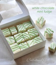 White Chocolate Mint Fudge I love to make sweet little bites for our Christmas party every year, those tiny little morsels that guests can grab and I don't have to worry about slicing up portions and serving them formally. One guaranteed way to satisfy gu Fudge Recipes, Candy Recipes, Sweet Recipes, Dessert Recipes, Mint Recipes, Christmas Desserts, Christmas Treats, Christmas Fudge, Christmas Chocolate