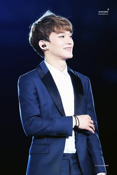 Chen - 140815 SMTown Live World Tour IV in Seoul Credit: Sunaebo.