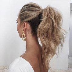 2018 Wedding Hair Trends 2018 wedding hairstyles_ponytail The post 2018 Wedding Hair Trends appeared first on Frisuren Blond. Hair Trends 2018, Wedding Hair And Makeup, Wedding Hair For Guests, Hair Ideas For Wedding Guest, Wedding Guest Updo, Wedding Favors, Hair Dos, Gorgeous Hair, Gorgeous Blonde