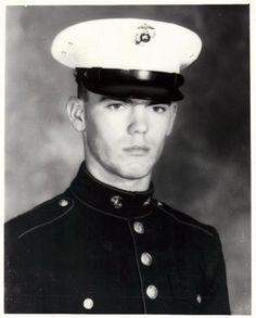 Virtual Vietnam Veterans Wall of Faces | DONALD C MCALLISTER JR | MARINE CORPS
