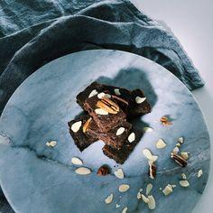 Chocolate Banana Brownies, Vegan, Dark, Recipes, Food, Essen, Meals, Ripped Recipes, Eten