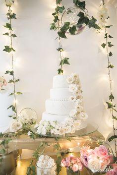 Bizcocho de Boda / Wedding Cake / Photography by: Diana Zuleta para DZuleta / visita: dzuletafotografiadebodas.com