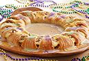 King+Cake+Crescent+Ring++-+The+Pampered+Chef®