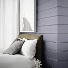 Violet Verbena in the bedroom... @sundaystyle are re-painting How about you?…