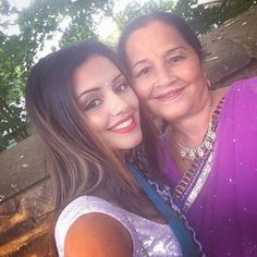Kaushal beauty and her mummy aw Kaushal Beauty, Random Pictures, Wallpapers, Board, Artists, Wallpaper, Backgrounds, Planks