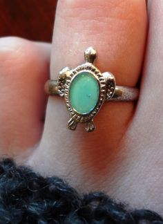 adorable vintage turtle ring