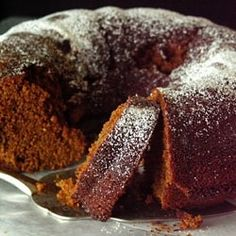 Spiced Ginger Cake - Welcome the holidays with a lovely cake with fresh ginger, cardamom, clove and pepper Bunt Cakes, Cupcake Cakes, Cupcakes, Fresh Ginger Cake Recipe, Honey Cake, Medieval Recipes, Pecan Cake, Gingerbread Cake, Rum Cake