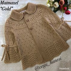 Cümle müslüman aleminin KADİR GECESİ m… Yes, ladies, hello, sentence. Baby Booties Knitting Pattern, Kids Knitting Patterns, Knitting For Kids, Knitting Designs, Baby Patterns, Knit Baby Dress, Crochet Baby Clothes, Cardigan Bebe, Baby Dresses